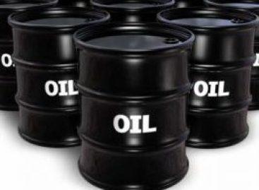 Olie daalt naar crisisniveau