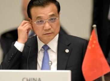 Premier China luistert echt niet naar Aninda Mitra