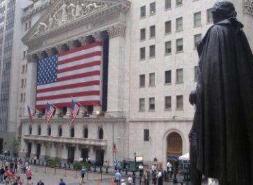 Amerikaanse beleggers gespen riemen vast