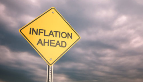 Lagere olieprijs steekt stokje voor normalisering rentebeleid